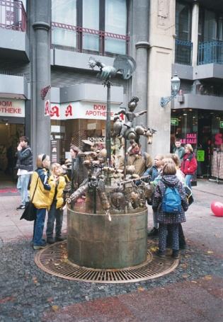 Aachen, Puppenbrunnen