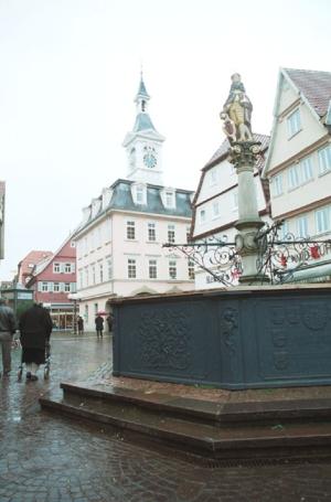 Aalen, Brunnen und Altes Rathaus