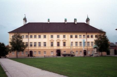 Altötting, Stadtpfarramt, Wallfahrtsmuseum