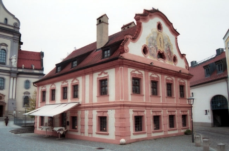 Altötting, Ehem. Franziskanerhaus
