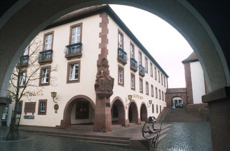 Annweiler am Trifels, Rathaus