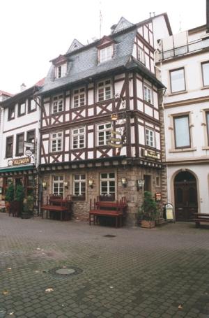 """Bad Kreuznach, Salzmarkt mit """"Die Krone"""""""
