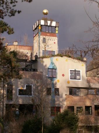 """Bad Soden, Hundertwasserhaus """"In den Wiesen"""""""